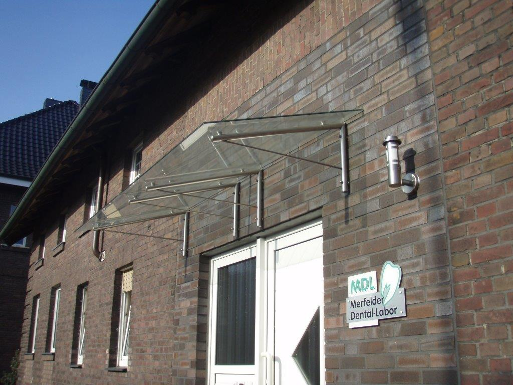 Metallbau Dülmen | Schürjann | Edelstahl | Treppen- und Balkonbau, Fertigung von Garagentoren, Geländer und diversen Sonderarbeiten.